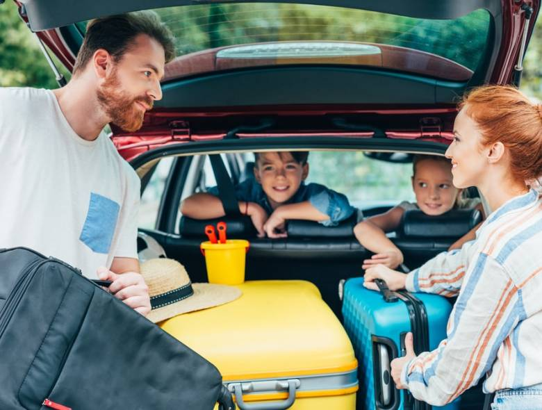 Quais são os tipos de carros espaçosos mais indicados para sua família?