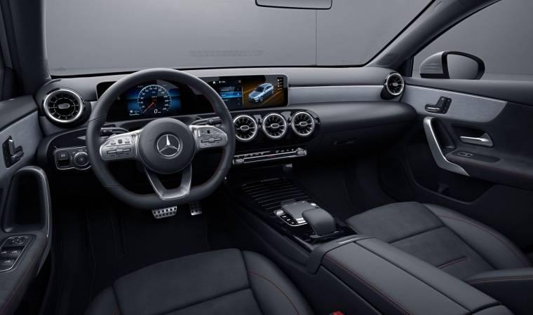 A 250 Vision Hatch